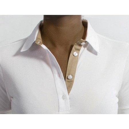 Polo de manga corta con abertura e interior del cuello color crudo de Razza Pura