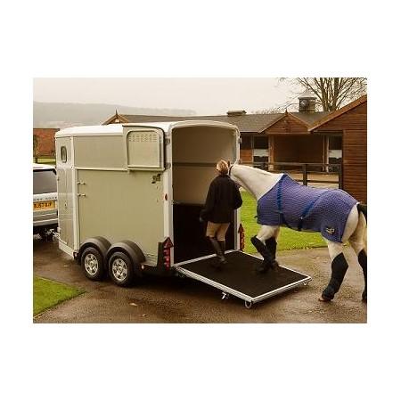 Remolque para caballos HB511 de Ifor Williams